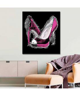 Obraz na płótnie Obraz różowe buty szpilki na czarnym tle Luksusowa kobieta