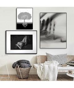 Plakat akt czarno biały Ona i światło czarno białe