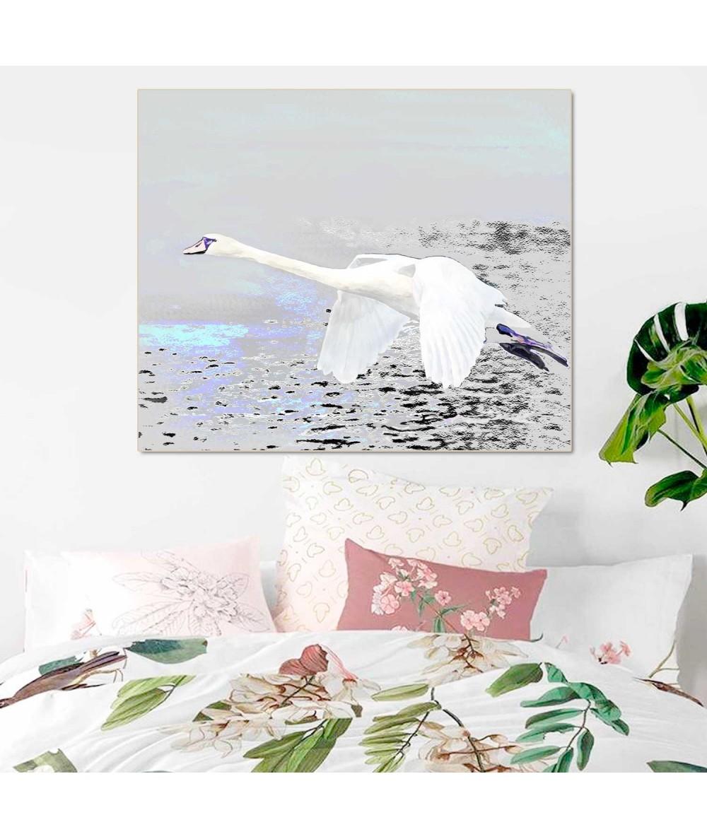Obrazy zwierząt - Obraz Lot łabędzia (1-częściowy) szeroki